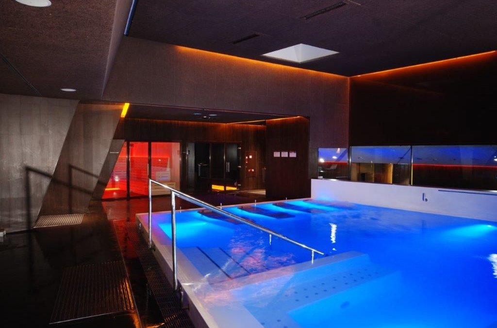 Soluciones infinitas para una piscina limpia y segura durante todo el año
